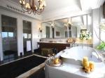 观澜湖高尔夫别墅 洗手间装修效果图  2013年室内装修图片