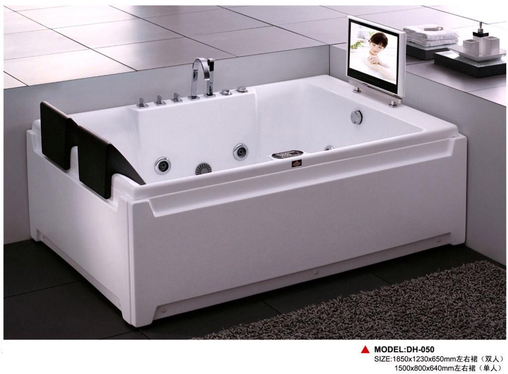 想安装一个按摩浴缸 按摩浴缸尺寸规格一般多少