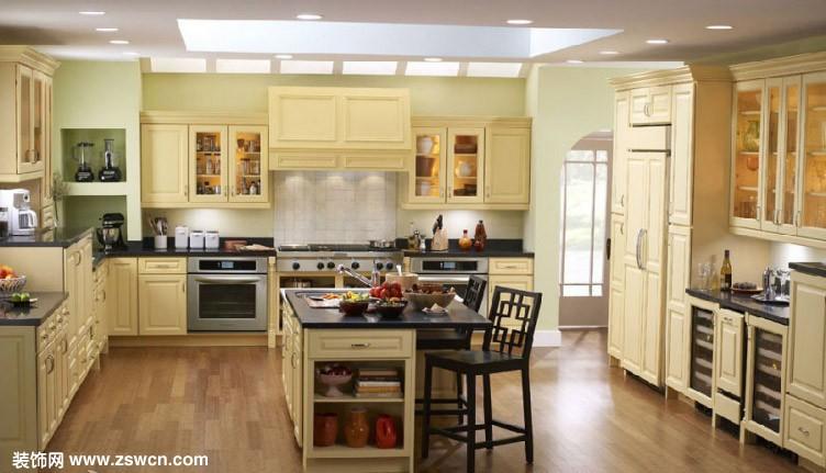 橡木实木复合地板 价格:480元/平米