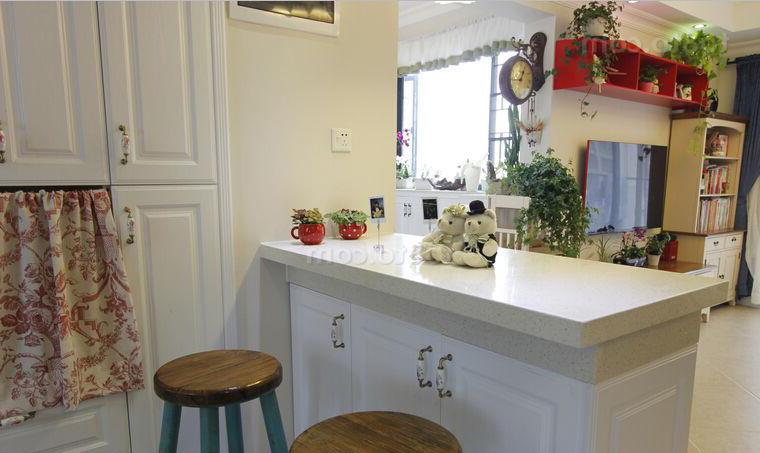 家庭式小吧台 小酒吧台设计欣赏 酒吧台装修效果图图片