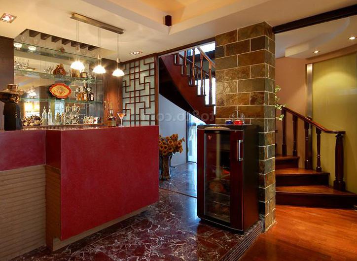 家庭式小吧台 小酒吧台设计欣赏