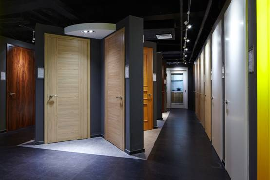 内门——木皮油漆门或者天然木蜡油饰面门